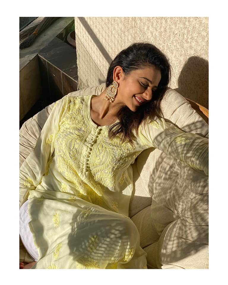Photography is a story that One fails to put in words . Clearly Rakul can't put in words how grateful I am for her insta family growing to 14 MILLION . So various moods of her when she just soo happy .