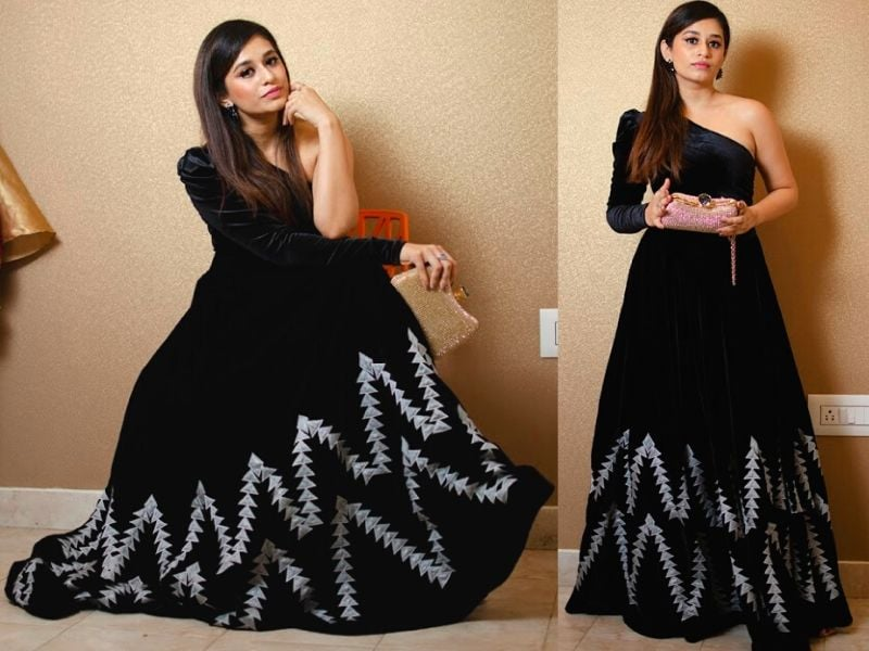 A stylish outfit is a must have for your festive wardrobe... Stunning black color one shoulder floor length dress. Customize your dresses by Lavender The Boutique... 2020-08-06