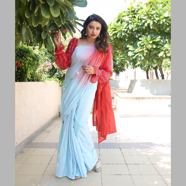 Every saree tells a story .  Saree No:9  SAREE and BLOUSE: Yoshnas by Ela. <br>  Ear rings: Happy pique. <br>  Photography -Valin jeeva photography. <br>  make-up- Luxe face by Anitha. Hair-Durga hair stylist.    heavy border saree   lehenga saree price   party wear saree blouse designs   2020-10-21