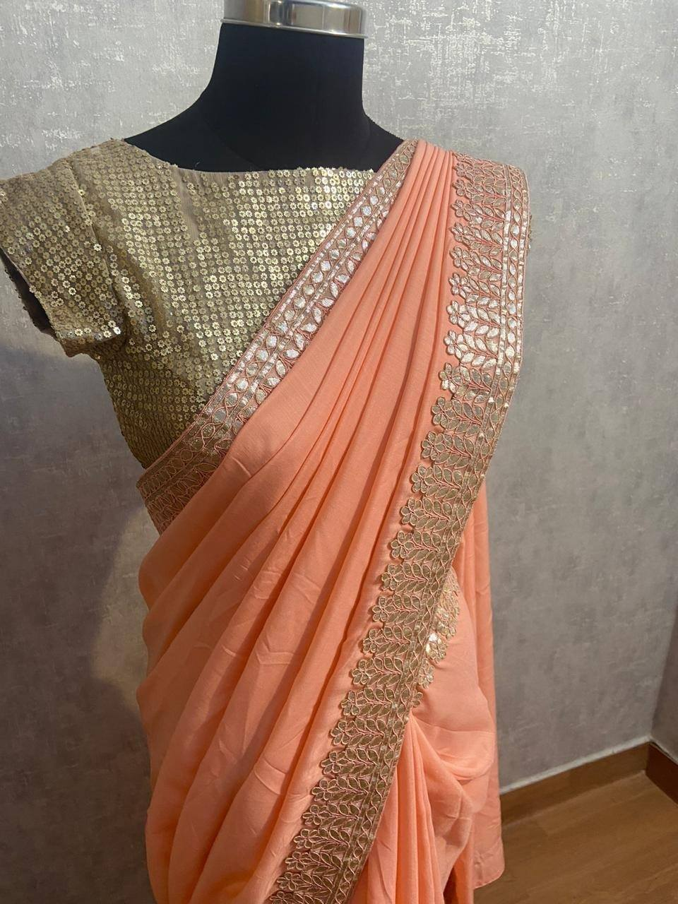 Peach saree. . Peach mul mul saree finished with gotta patti  worked border.. . . For orders and queries pls whatsapp us on 9952093562 | girlish saree | designer net saree | plain saree with blouse | 2020-10-31