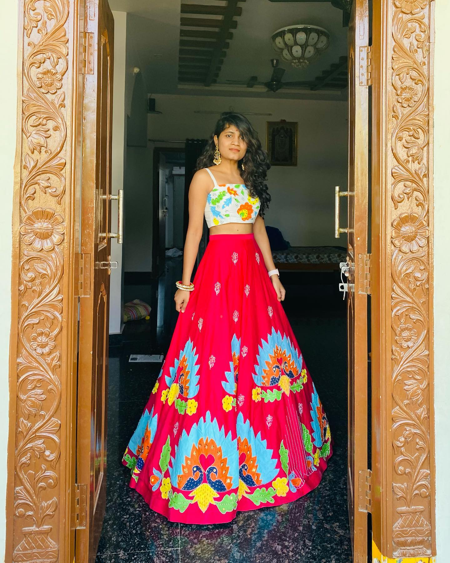 Stunning pink lehenga and white crop top with heavy hand embroidery work.  | party wear lehenga choli | lehenga chunri | lehenga choli designs 2020 | 2020-11-03