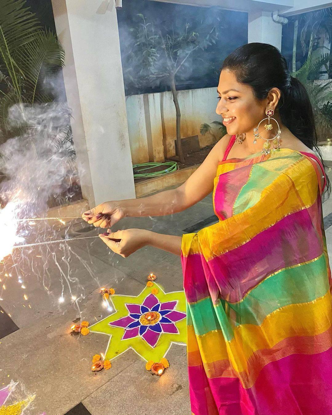 Beautiful designer Neeraja Kona at deevali celebrations. | designer sarees for wedding | sleeveless saree blouse | saree collection 2020 | 2020-11-17