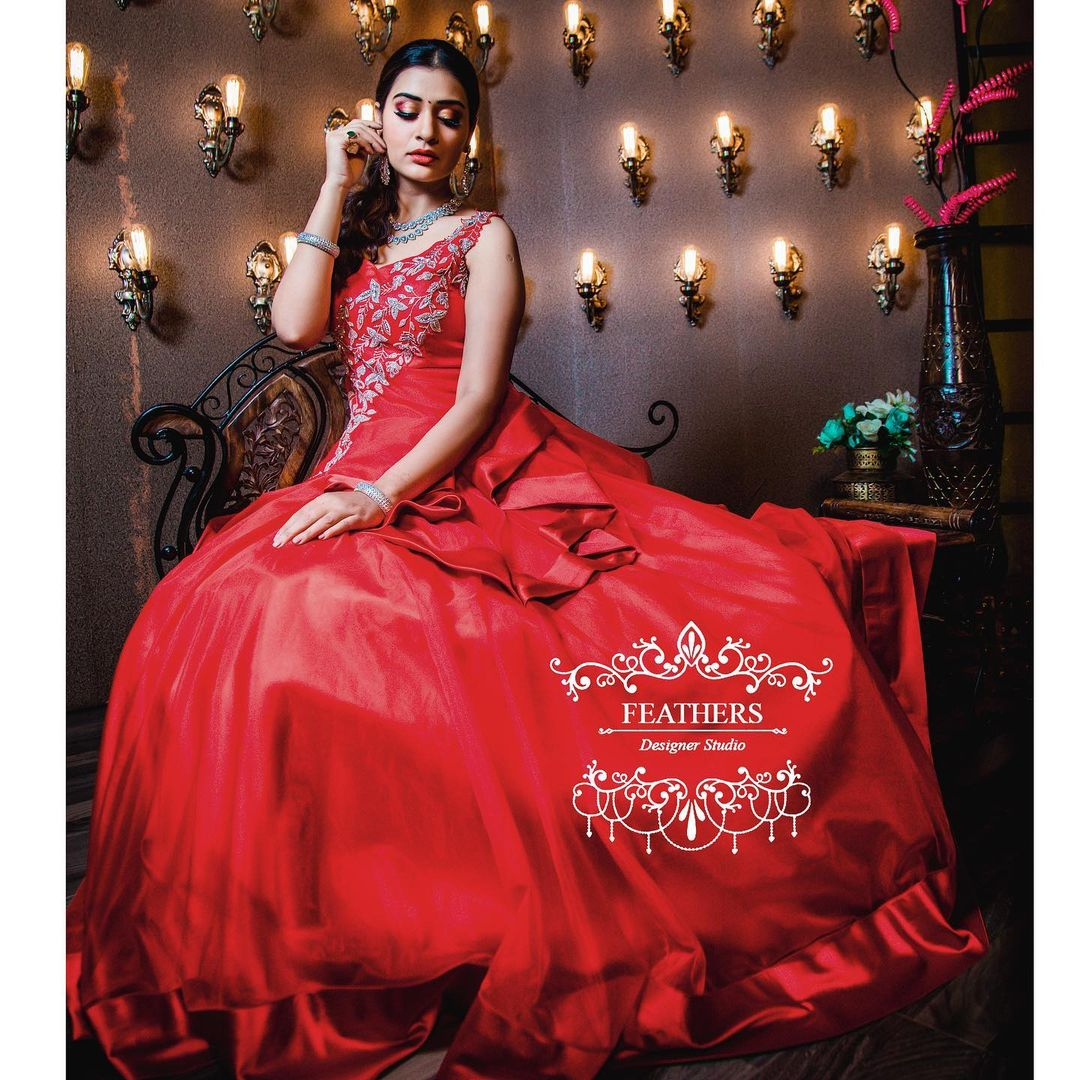 Beautiful actress Payal Rajput in Floor length dress by Feathers boutiqque.  | indo western dress for girl with price | indo western short kurtis | indo western short tops | 2020-11-22