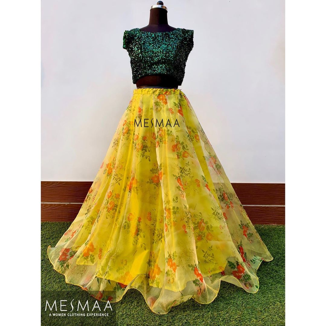 Beautiful yellow color floral skirt and sequence crop top. Colour and size can be customised according to your requirement.⠀ To order please call / whatsapp at 9884444720⠀ | crop top lehenga | banarasi lehenga choli | chaniya choli 2020 | 2020-11-22
