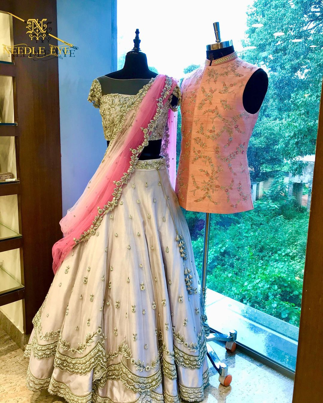 Colour coordinated outfits for bride and groom. | lancha for girl | ladies lancha | choli dress | 2020-12-02