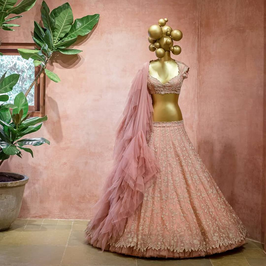 Setting new trends this season at Anushree Reddy flagship store in Hyderabad! | lacha blouse design | crop top lehenga | lacha saree | 2020-12-05