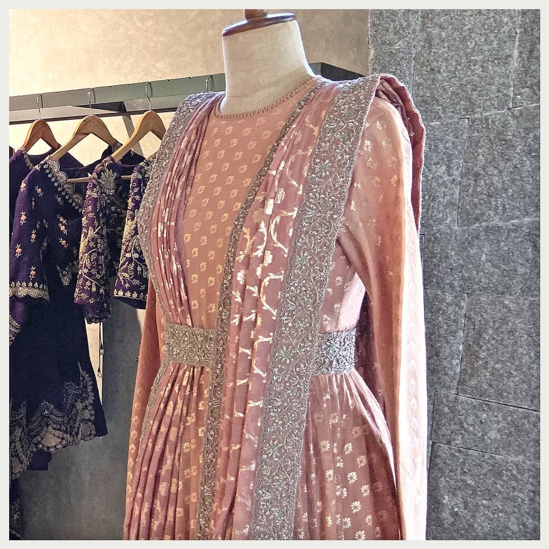 An extensively adored contrasting color story!  Whatsapp or DM us for more details. Hyderabad +91 9121432255 (Neelu) Delhi +91 83739 92273 (Shalini) | purple anarkali dress | off white anarkali dress | beautiful anarkali | 2020-12-20