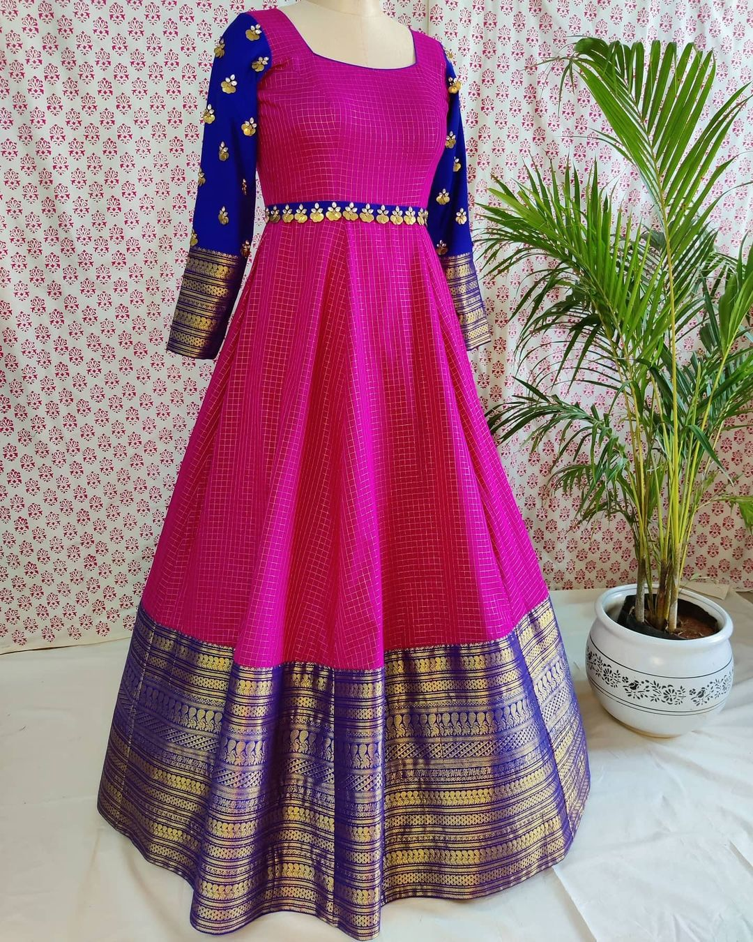 Classic old school colour combinations - an ideal choice for festivity  Stunning pink and blue color pattu long frock. 2021-01-01