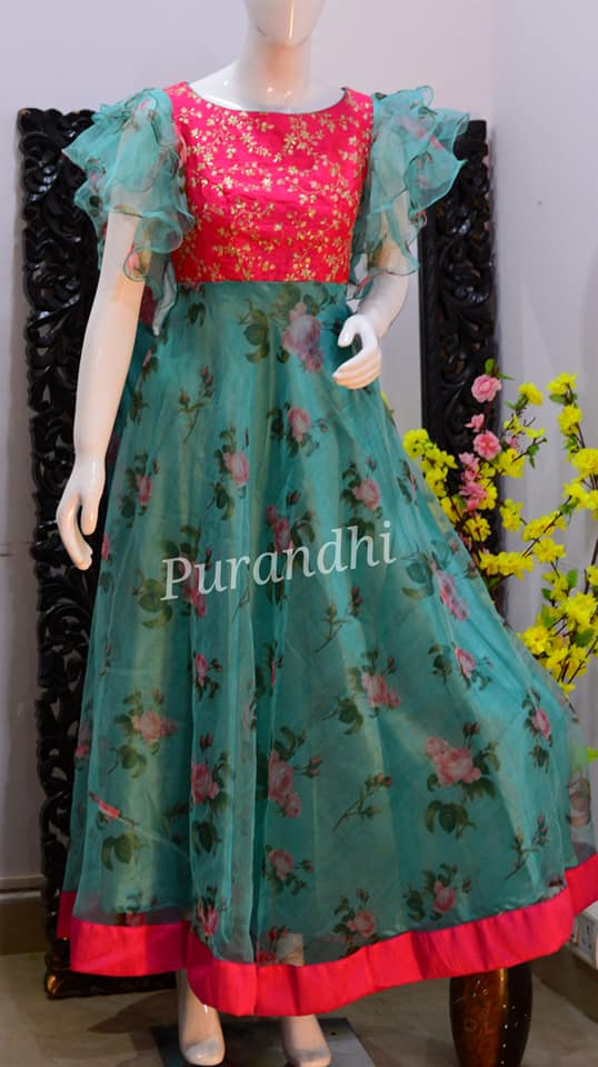 Gorgeous floral floor length dress with ruffle sleeves. 2021-01-08