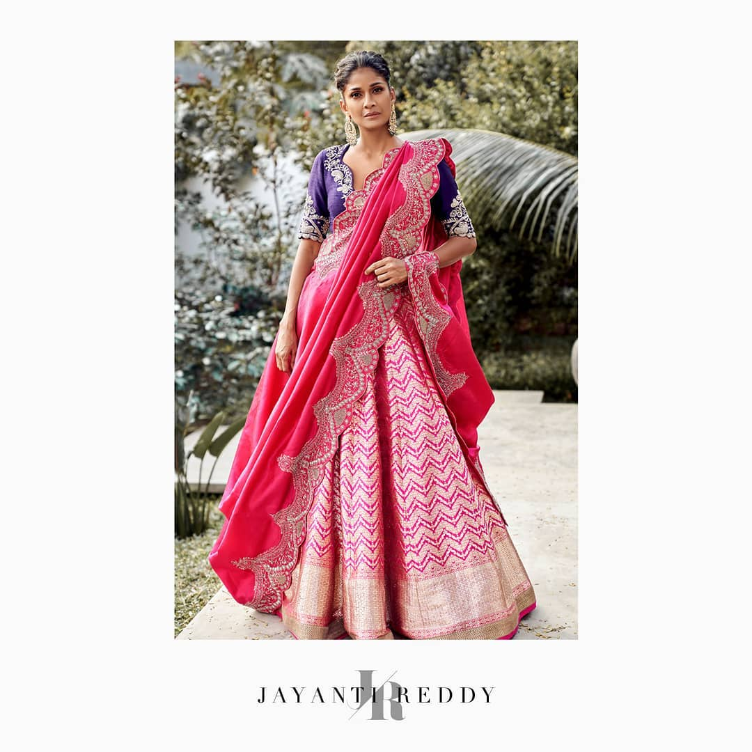 Stunning Jayanti Reddy signature pink benarasi lehenga. 2021-02-07