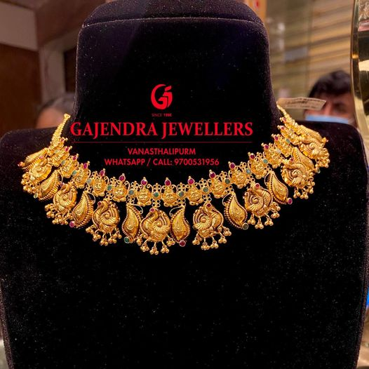 Stunning 22k gold choker with swan motif hangings and Lakshmi motifs. 2021-02-08