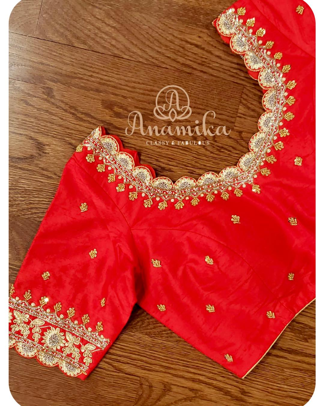 No matter what the current trend is red and white is an eternal combination !! 
