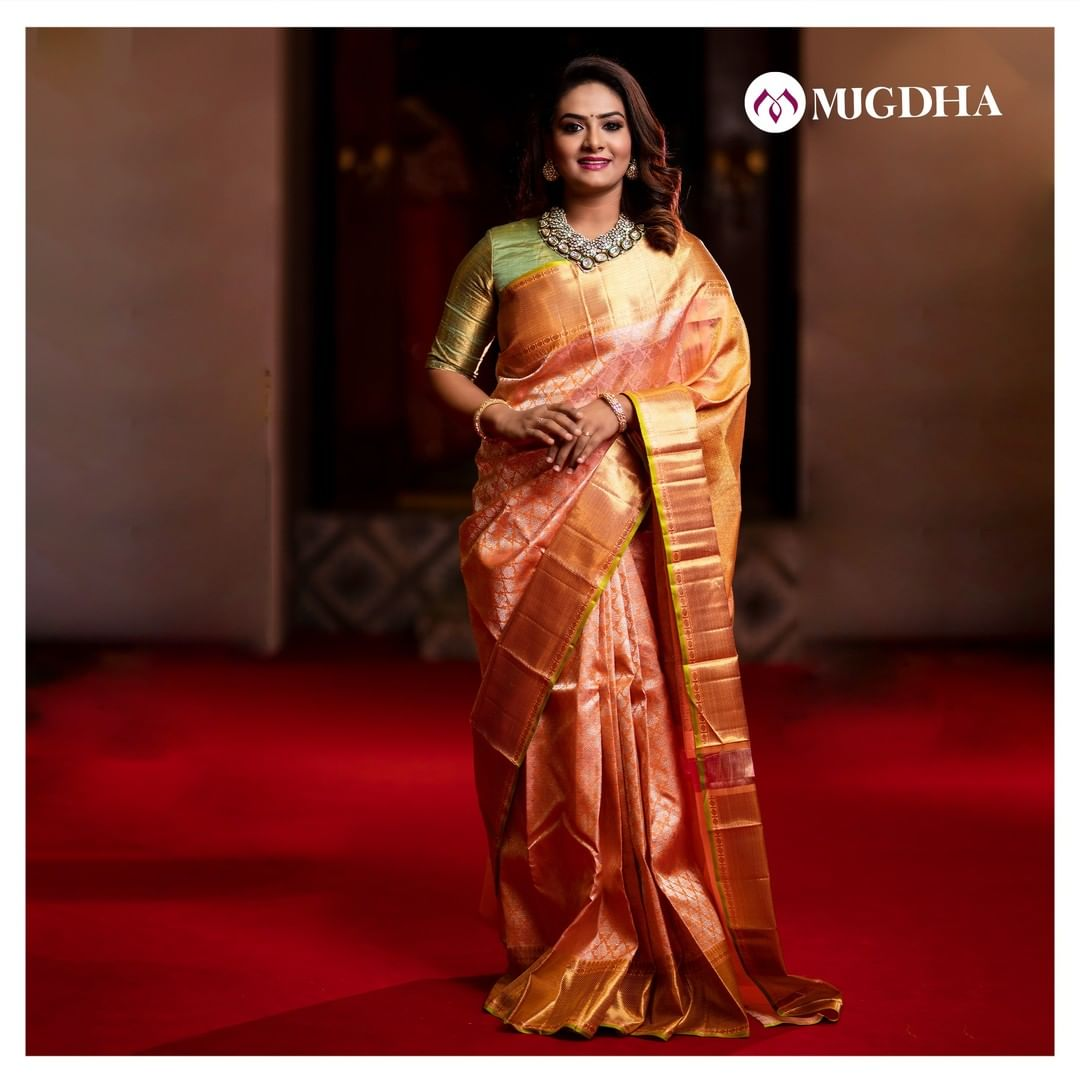 Beautiful Royal peach kanjeevaram pattu saree with diamond motifs and golden zari border works perfectly together and looks divine on your grand day.  For orders - +91 8142029190 and +91 7993710111 2021-02-21