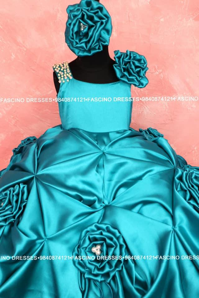 A peacock shade ballgown for a lil princess. 2021-03-09