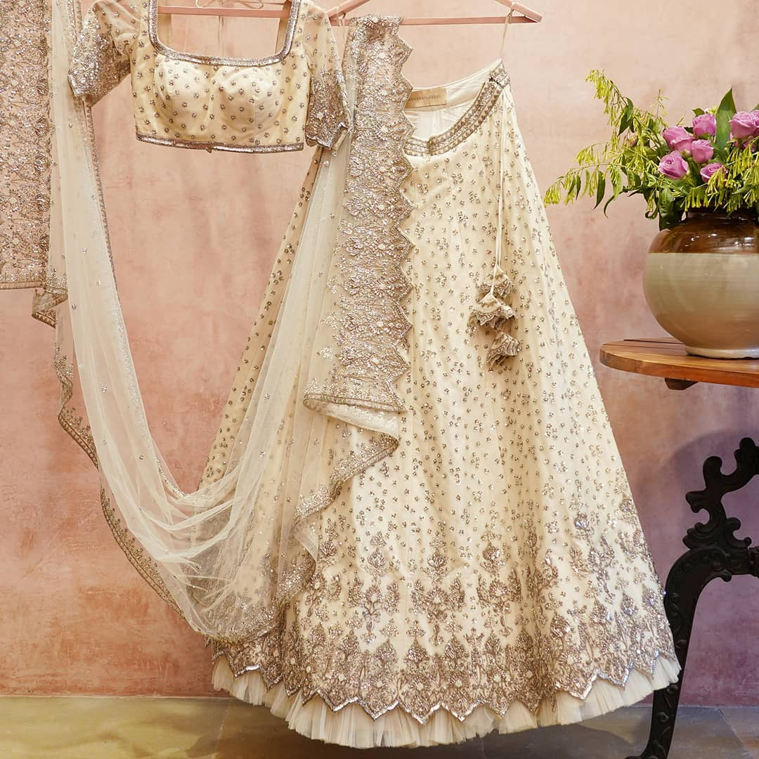 Stunning off white color Anushree Reddy bridal lehenga set. 2021-03-11