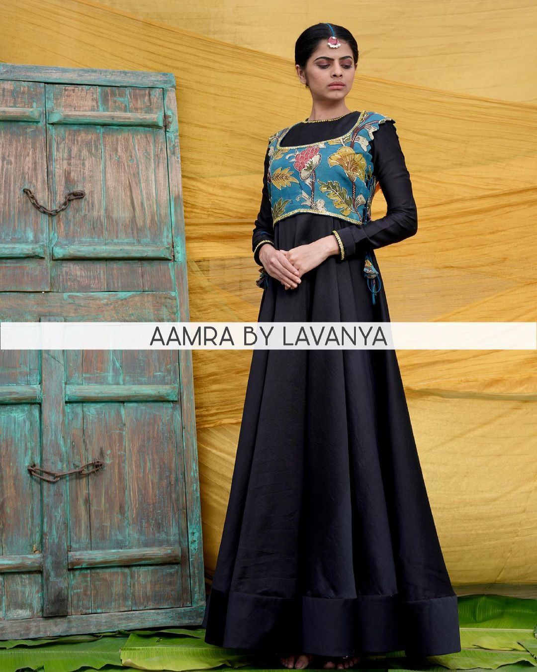 QALAM~ new collection. Intricately hand embroidered and hand painted pen Kalamkari jacket in customised shades paired with a flared anarkali. For orders and queries call/whatsapp on +91-9177363970. 2021-03-17
