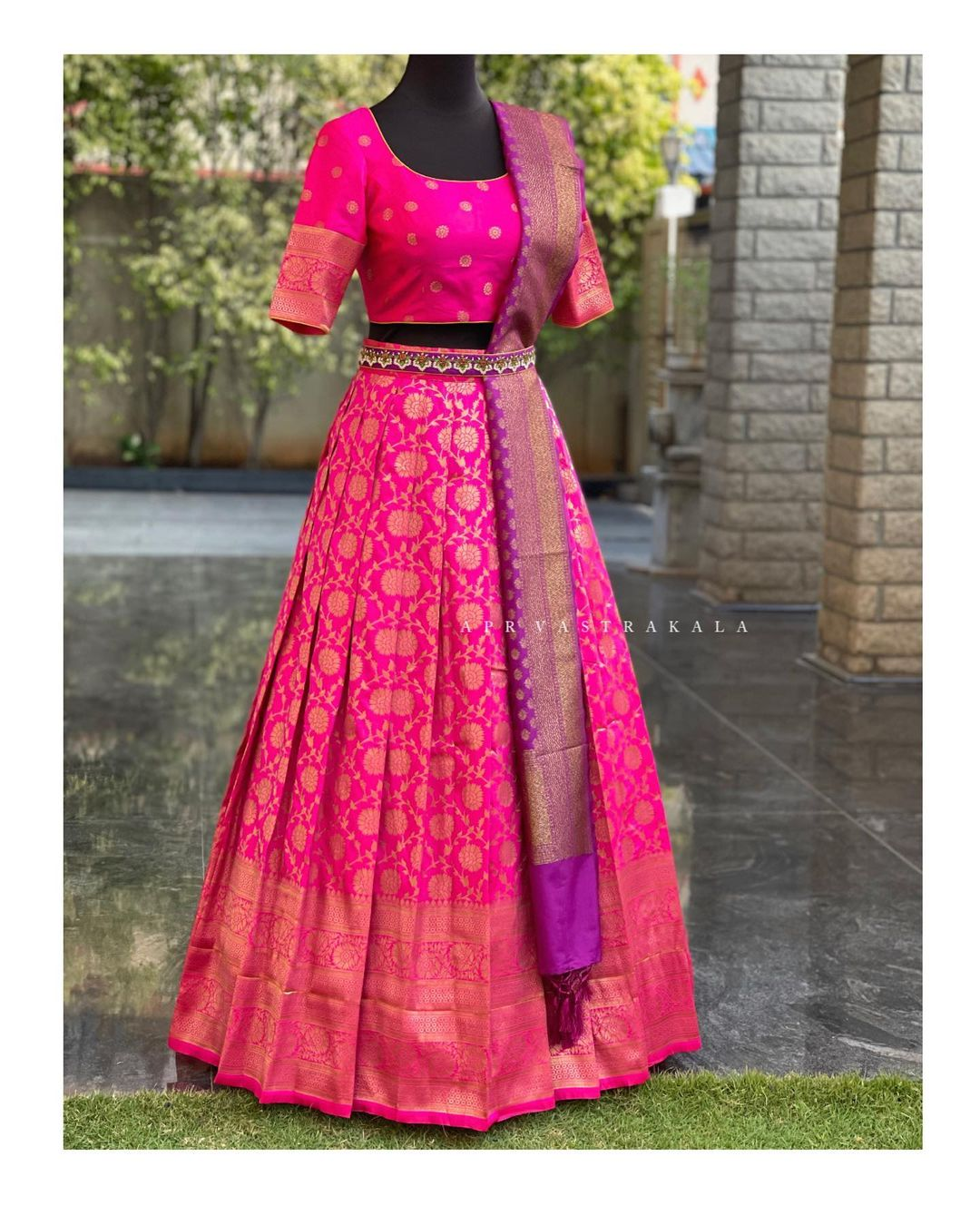 Gorgeous pink color kanchi pattu  langa and blouse with kanchi pattu dupatta and waist belt. Simple yet trendy designs for small intimate ceremonies call/whatsapp  on 8951239449. 2021-03-21