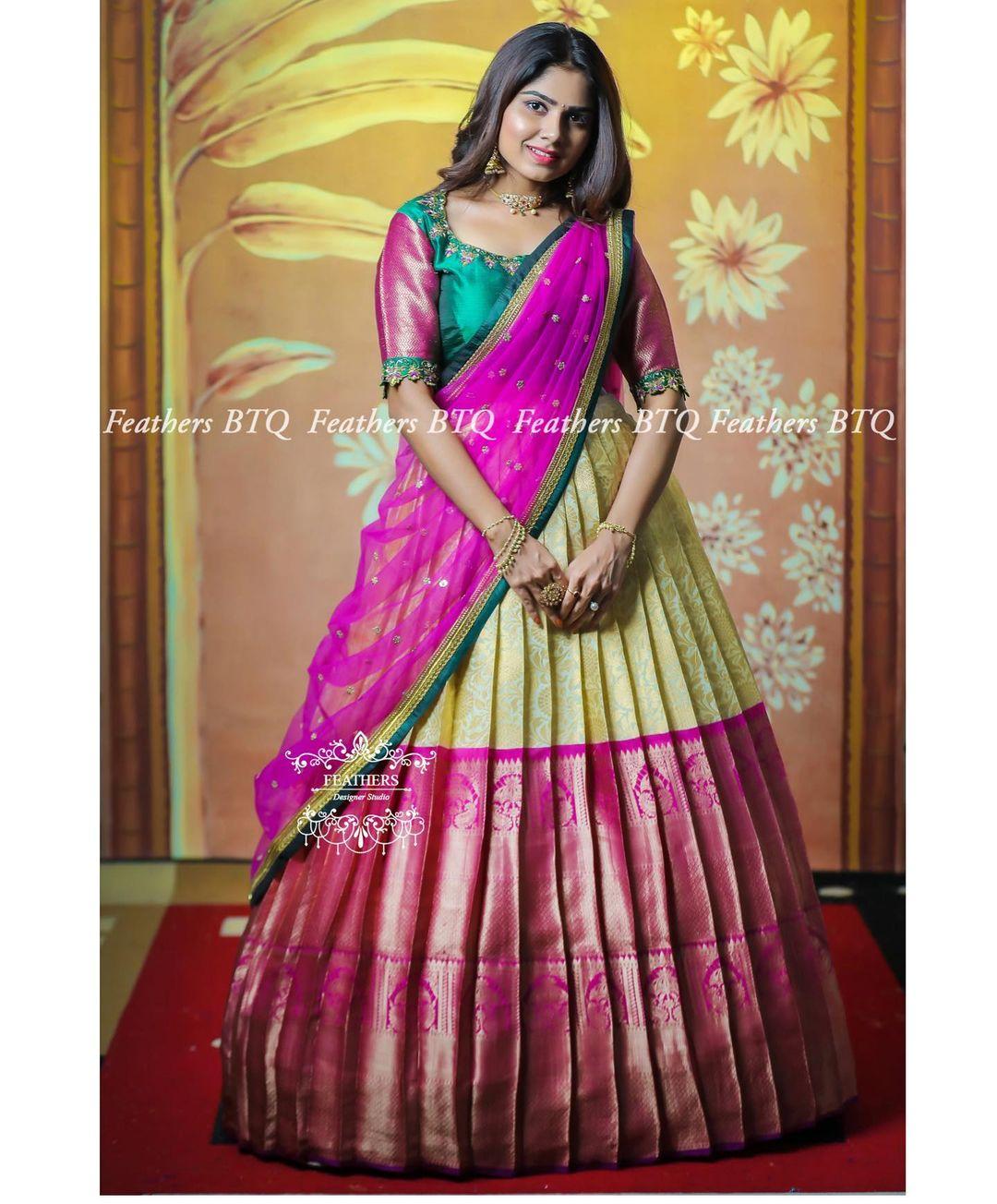 Gorgeous big boarder kanchi pattu lehenga and blouse with net dupatta. 2021-04-01
