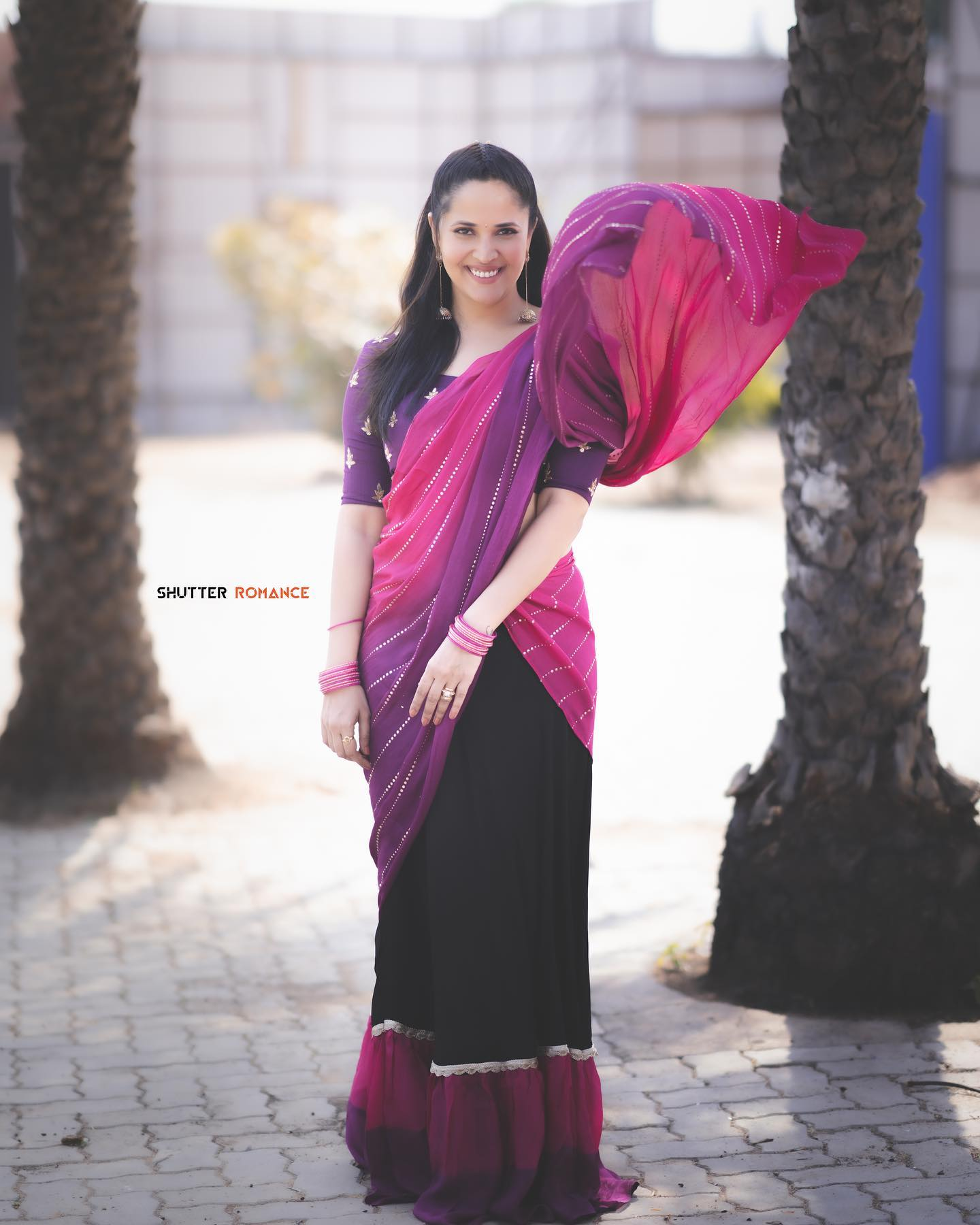 Beautiful actress and anchor Anasuya Bardwaj in halfsaree for Jabardasth. 2021-04-02