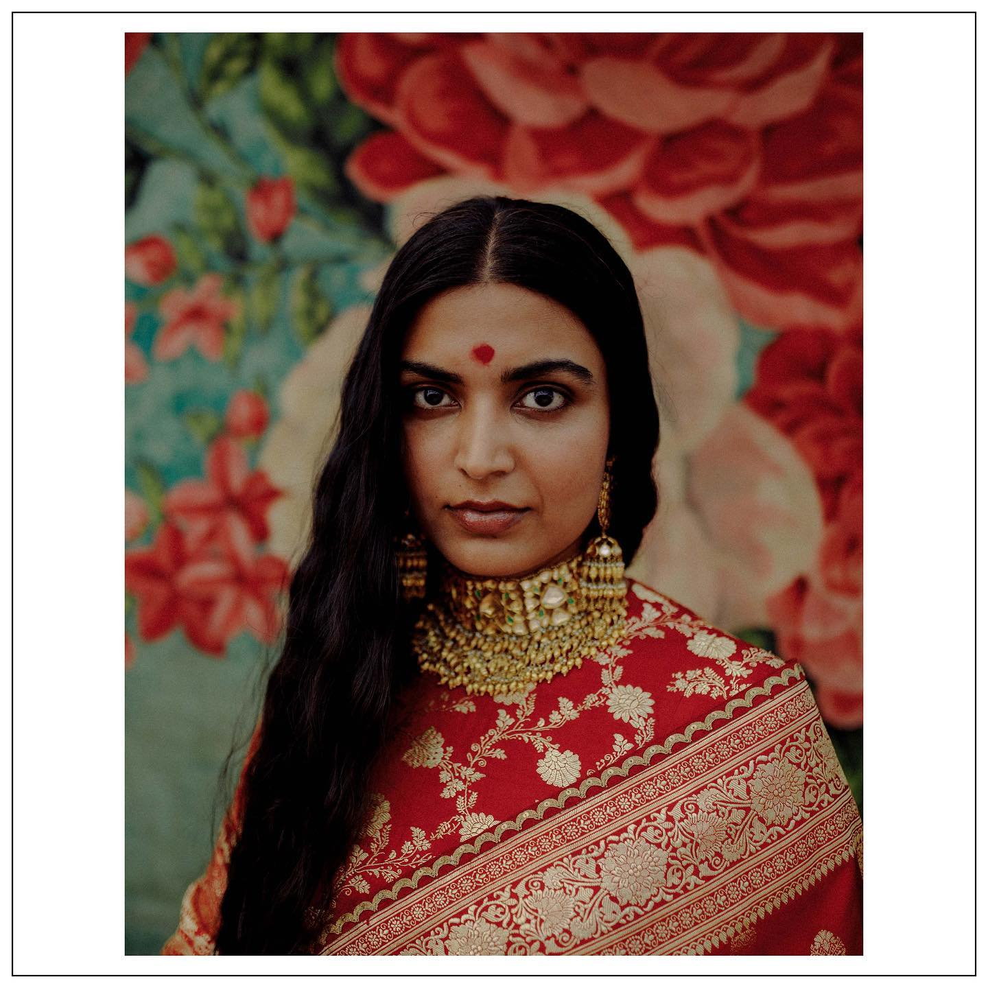 The Sabyasachi 2021 Collection. Beautiful sabyasachi red benarasi saree.  Womenswear  jewellery Sabyasachi jewelry and accessories Sabyasachi accessories.  For all product related queries please email  at customerservice@sabyasachi.com or contact retail stores directly.  Email: mumbairetail@sabyasachi.com… 2021-04-11