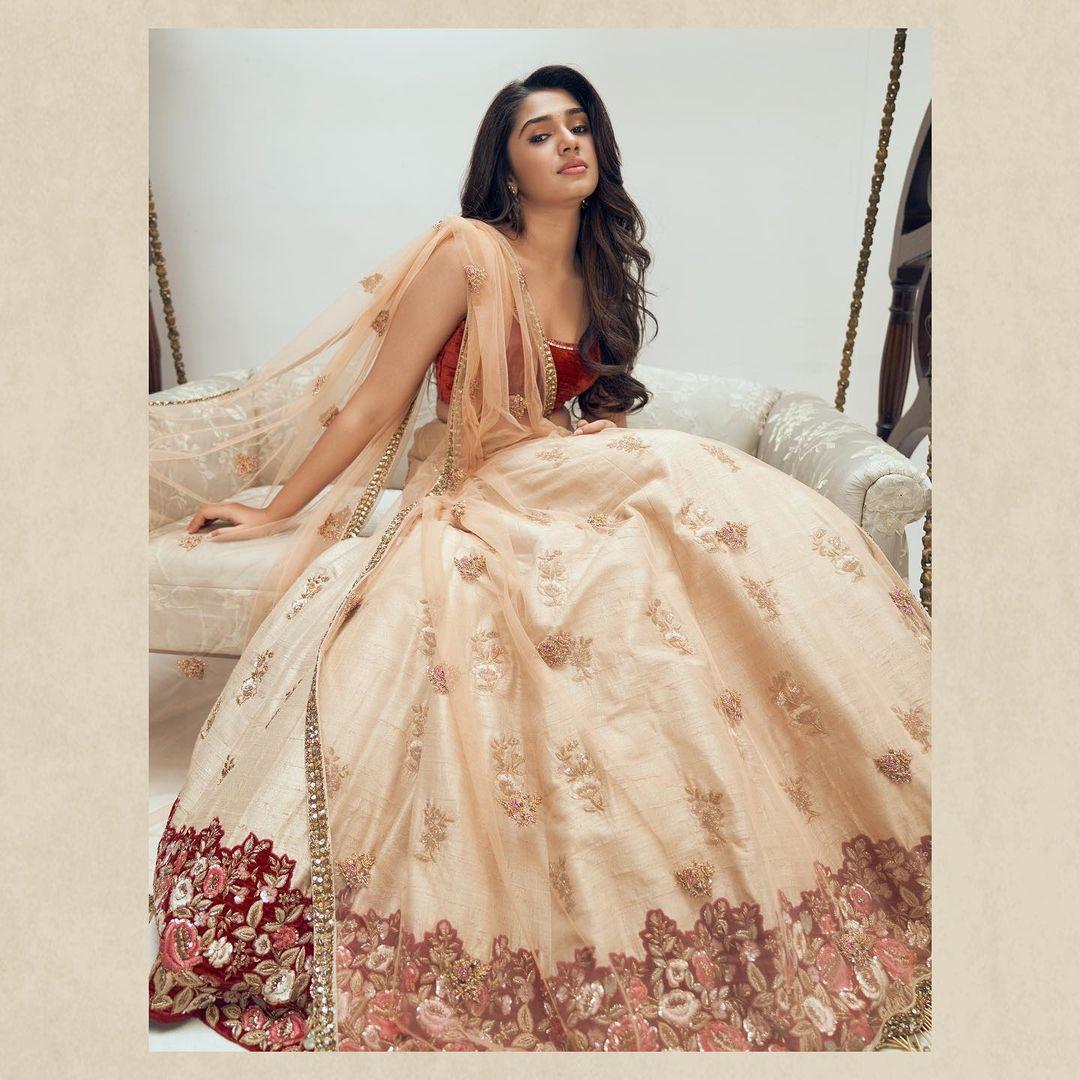 Beautiful Krithi Shetty in a Shyamal and Bhumika Handcrafted Lehenga. 2021-04-17