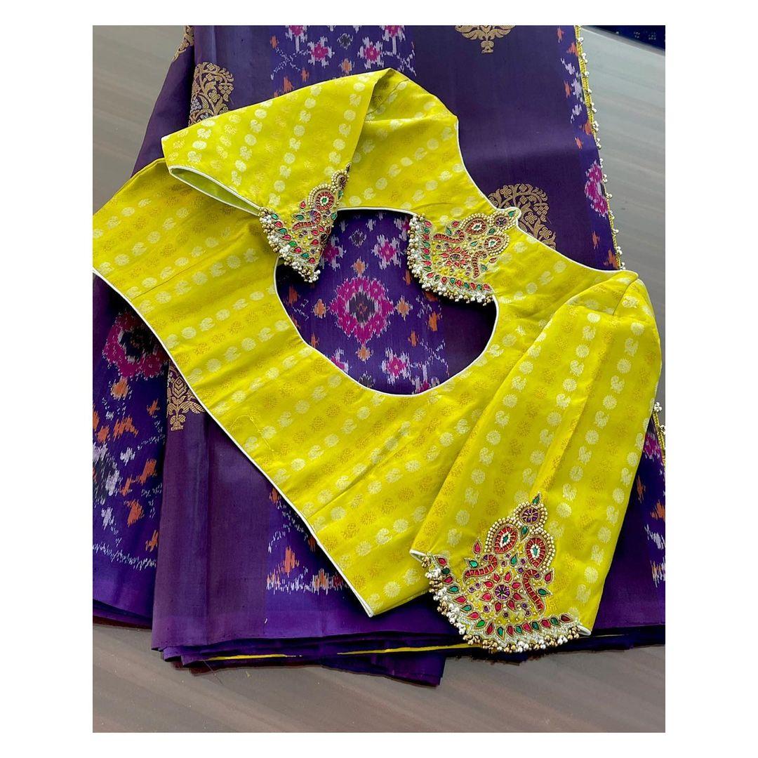 Elegant work done on these Kanchipuram blouse..!! 2021-04-22