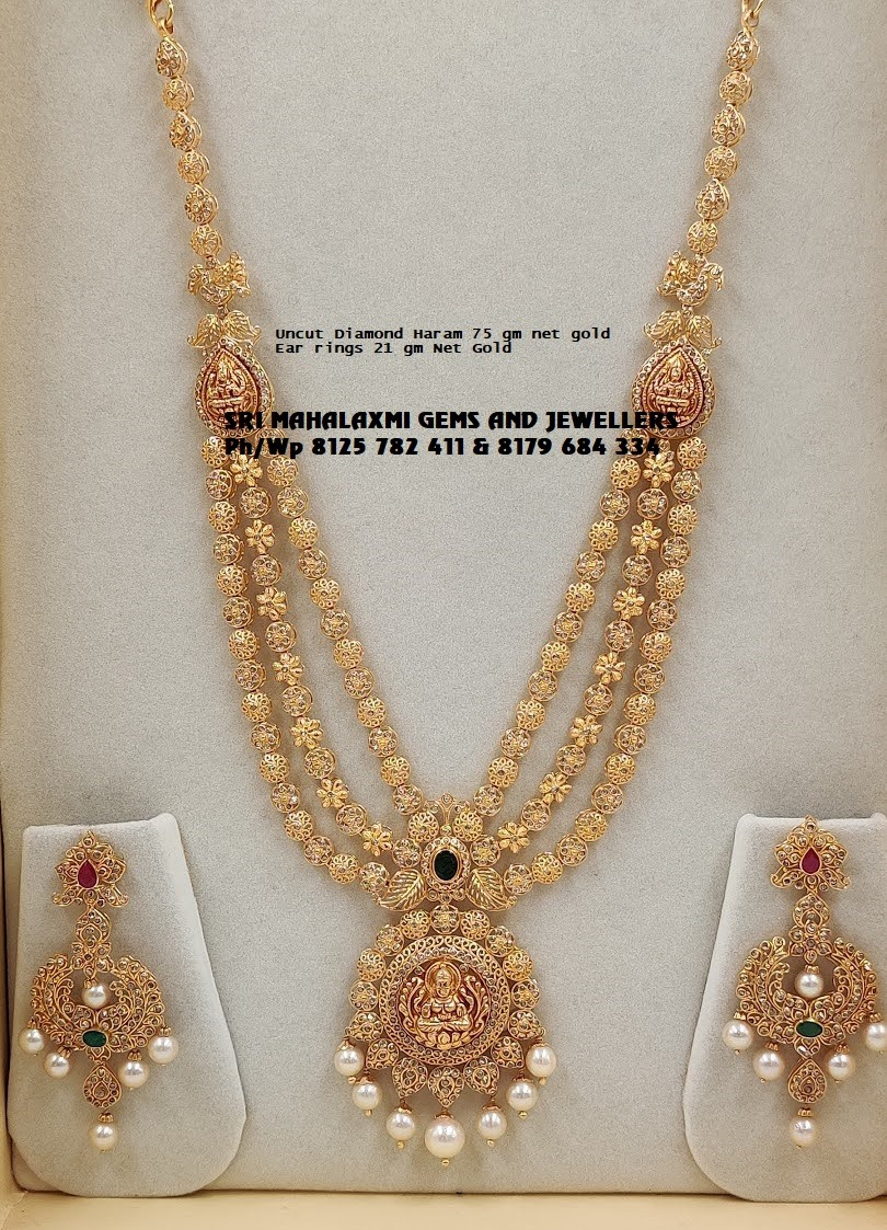 Fine quality uncut diamonds to get the best finish. Presenting a very simple n beautiful haram with Earrings. 2021-04-25