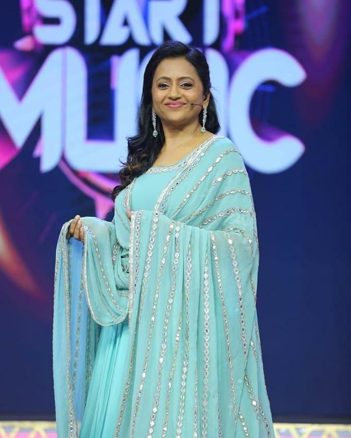 Gorgeous anchor Suma Kanakala in sky blue color floor length anarkali dress with mirror work. 2021-04-26