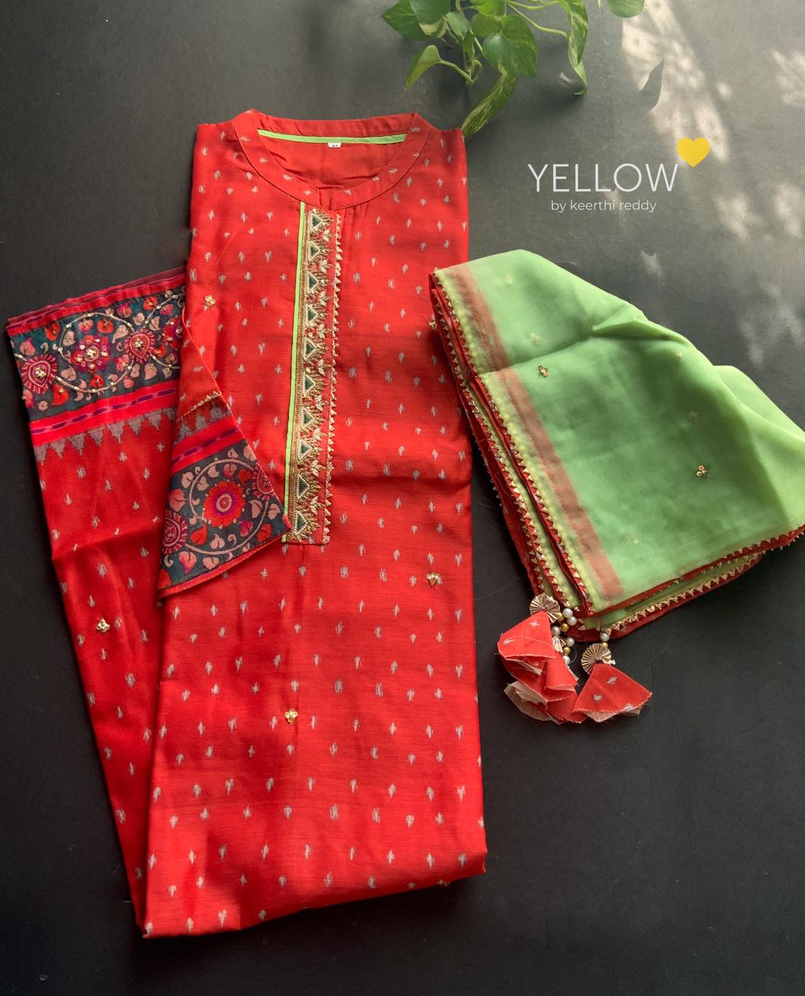 MASTAANI #2  Soft chanderi kurti in kalamkari borders and handwork highlights paired up with organza handworked dupatta  Size - L XL XXL Price - 3199 INR  . . Kindly WhatsApp at 7995038888 for placing orders . 2021-04-27
