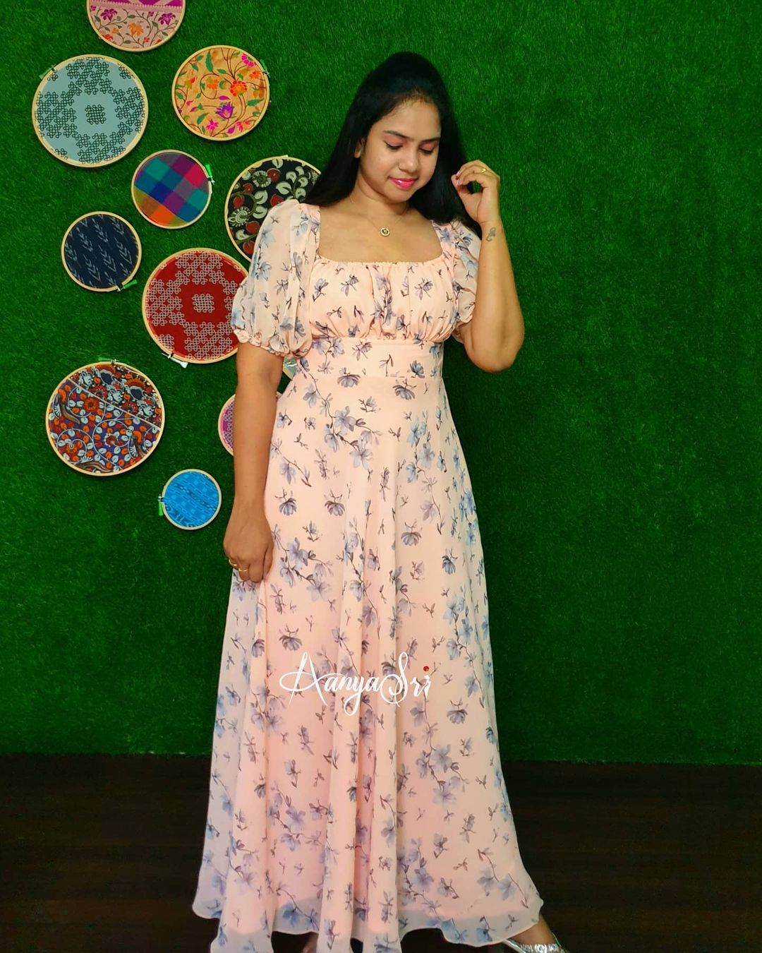 Peach Retro. <br> Price : RS. 2700/- Peach colored maxi with elastic neckline  balloon sleeves and a handcrafted matching hair scrunchie for that retro look.      2021-04-27