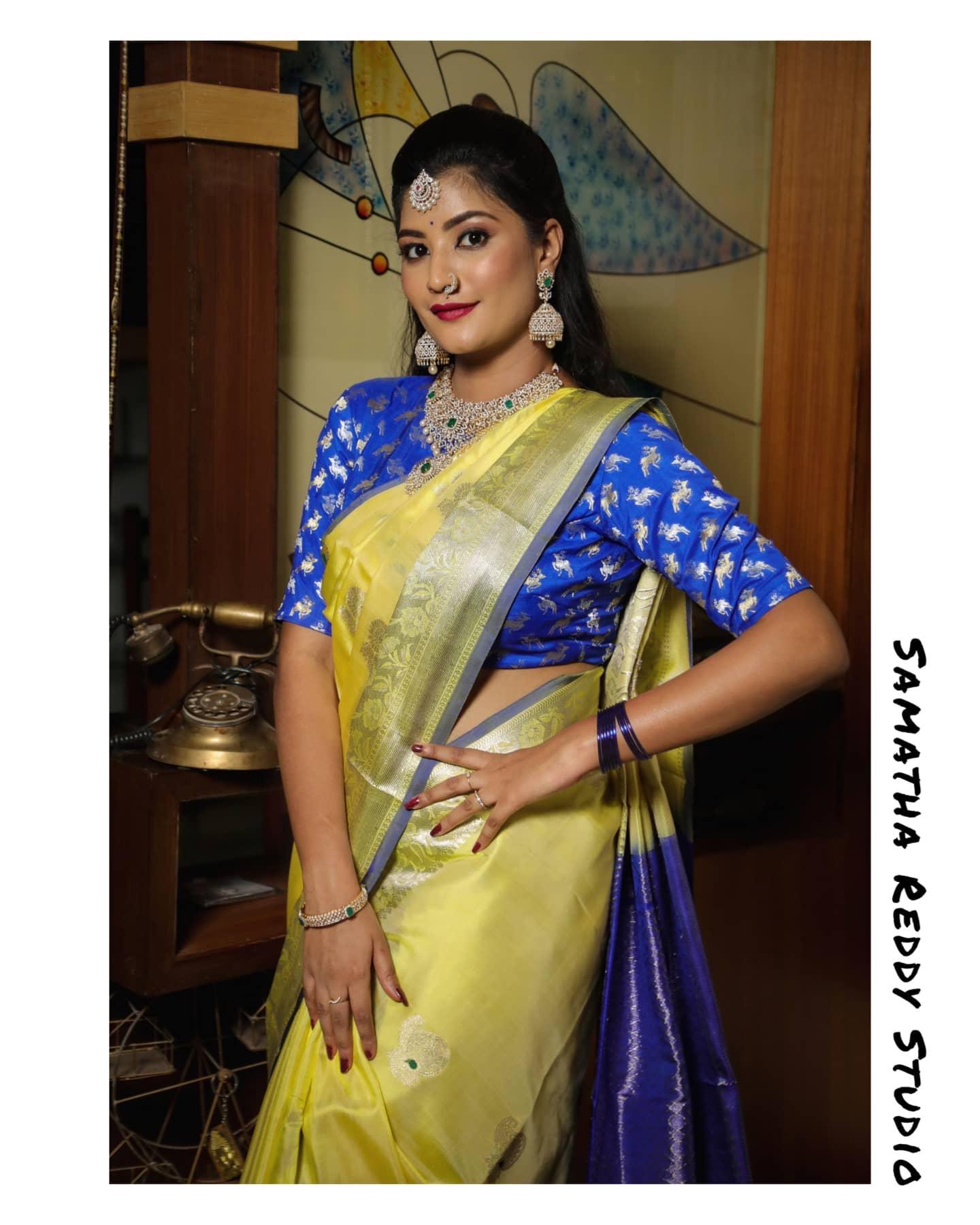 Gorgeous lime yellow and blue colour combination venkatagiri saree. 2021-05-02