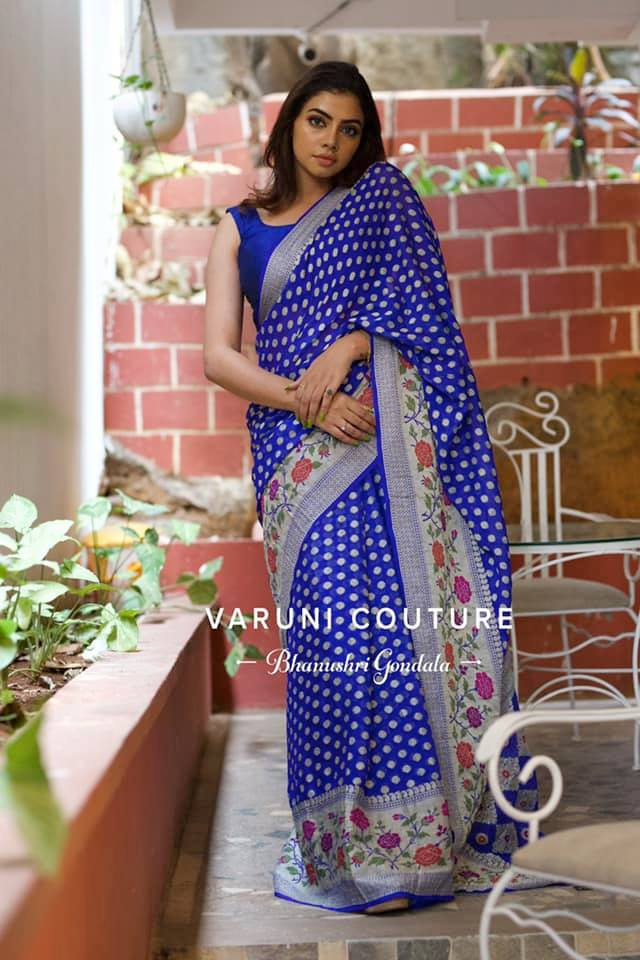 Stunning royal blue colour paithani pattu saree.