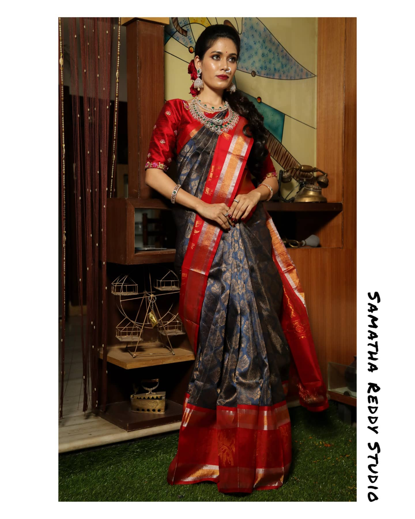 Kuppadam Saree with a minimal embroidered blouse. 2021-05-06