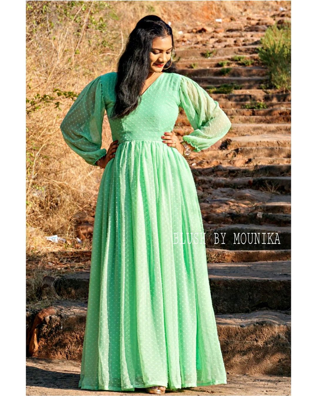 Green Brasso. Price : ₹3500/- Green pure georgette brasso dress with balloon sleeves. 2021-05-09
