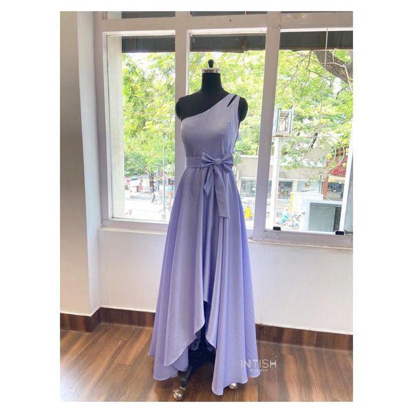 One shoulder lavender gown. 2021-05-17
