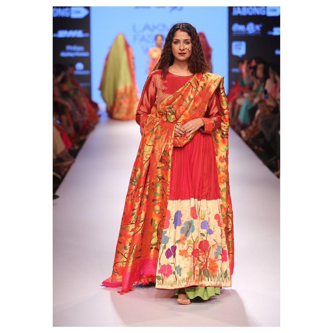 Gorgeous silk organza Anarkali with Silk tissue Duppata at the Lakme Fashion week. 2021-05-20
