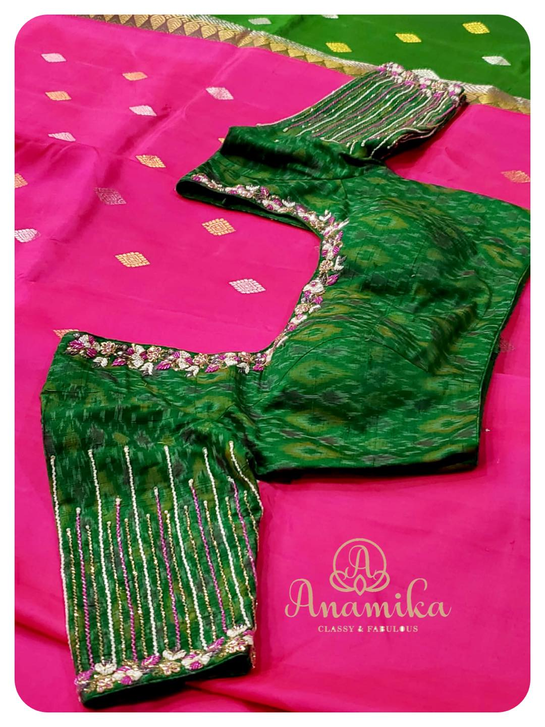 Beautiful Pink kanchi soft silk saree (borderless and light weight) with contrast green pallu. Magnificently paired with a contrast green Ikkat handworked blouse.  DM 360-545-3636 for inquiries 2021-05-22