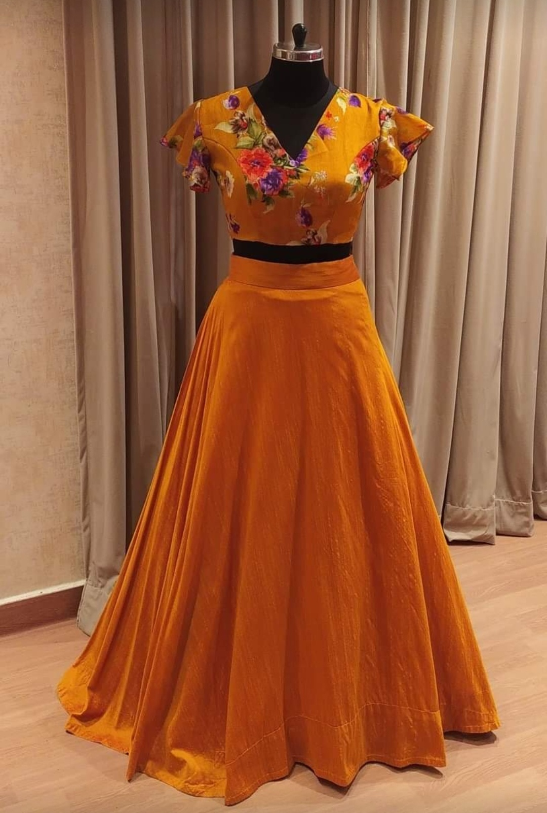 Stunning mustard yellow skirt and floral crop top. 2021-05-24