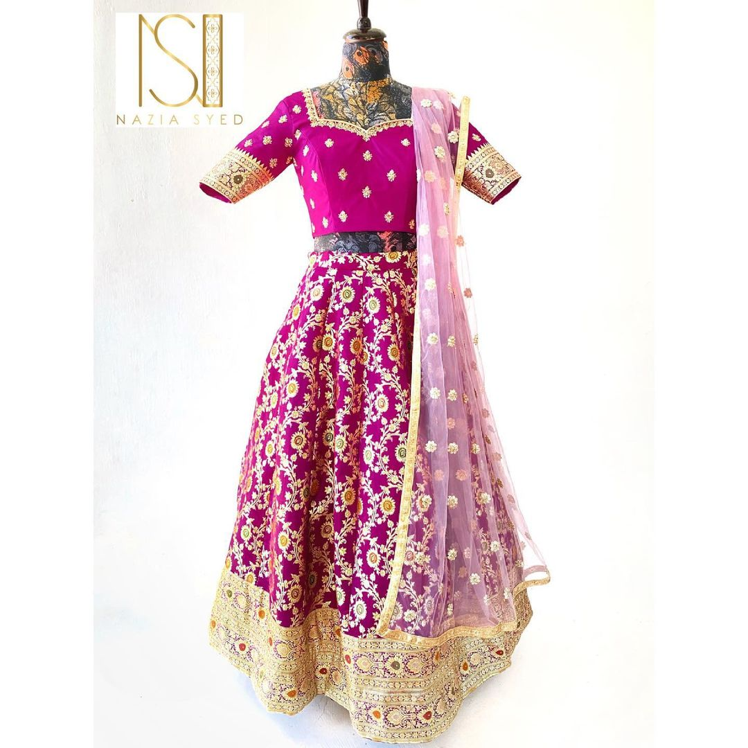 Make your special occasions magical in classic banaras lehenga set with delicately embroidered dupatta.✨ Dm or whatsapp us to 7092586311 for more enquiries. 2021-06-01