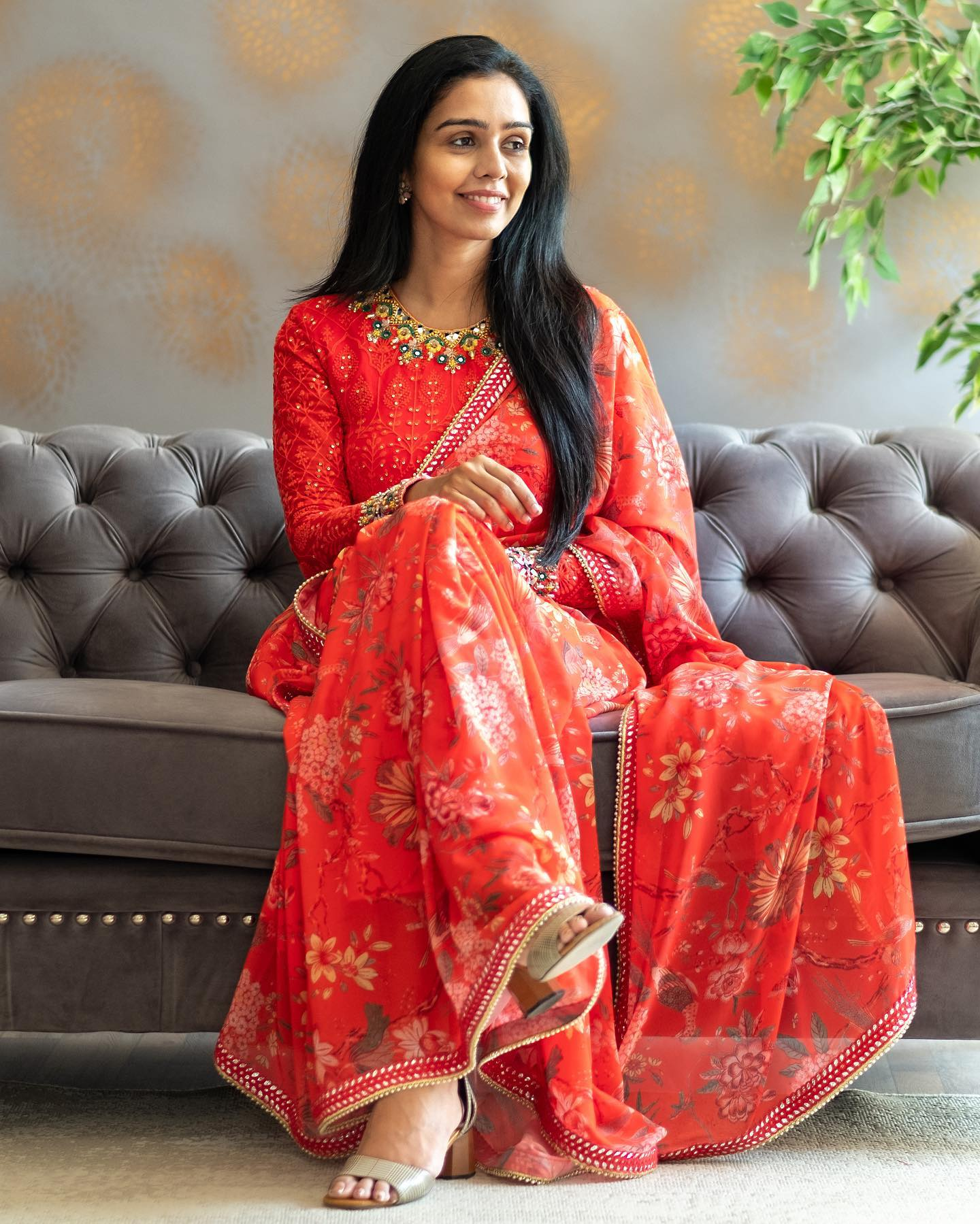 Orangey red floral saree paired with a full sleeved Chikankari blouse.  . . To order: Whatsapp/ Call : 9949944178 Email : info@issastudio.com 2021-06-02