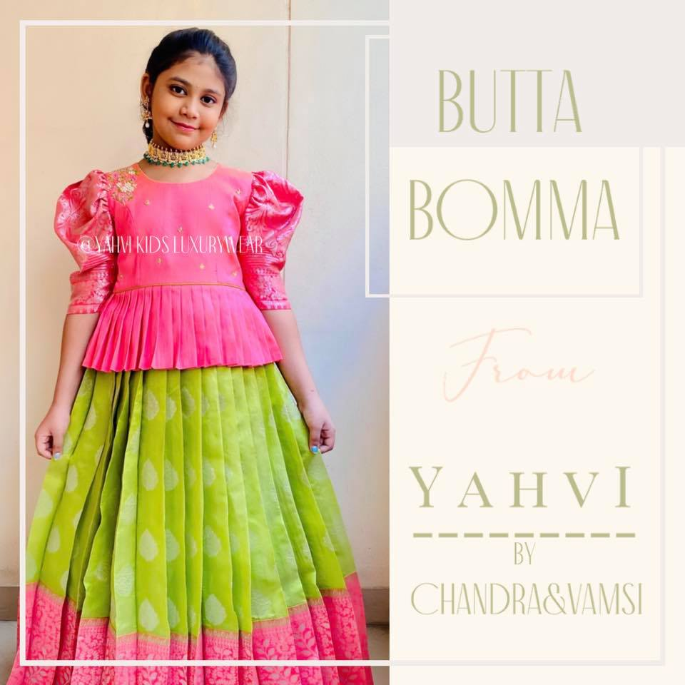 Butta bomma series .... In love with this beautiful colour combination and cowl sleeve pattern for a traditional look . . For Ordere DM or whatsapp 7893037777 2021-06-06