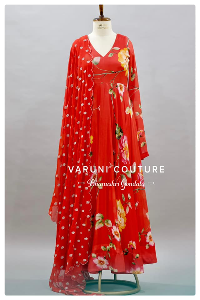 Delicate bright and bloom red color floral  floor length dress. 2021-06-06