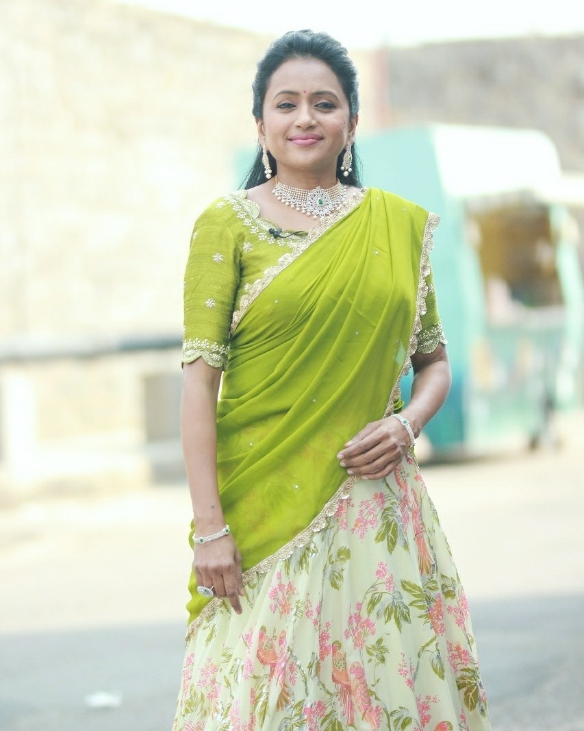 Beautiful anchor Suma Kanakala in floral lehenga set. 2021-06-08