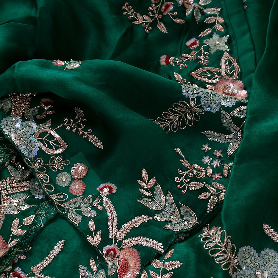 Steal the show draping this beguiling saree in Sacramento Green enhanced by distinctive heavy borders crafted with embroidery enriched by stone and sequins work embellishments with unique details throughout. This mind boggling yard is perfectly paired with an embroidered ready-to-wear designer blouse for a perfect go. Adorn the attire elegant to make a style statement in the crowd and woo the hearts of many. 2021-06-13