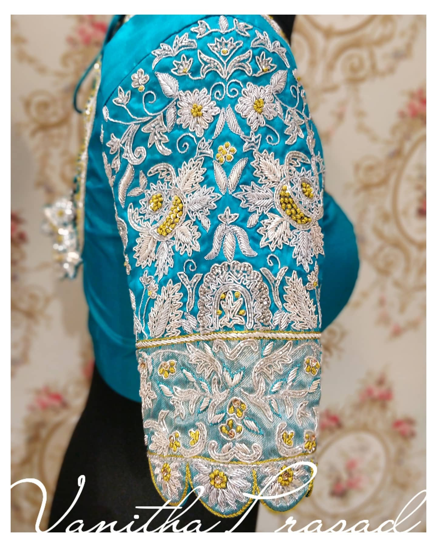 Silver Zardozi Blouse !! Beautifully crafted wedding blouse with silver zardozi matching the saree's zari weave. 2021-06-15
