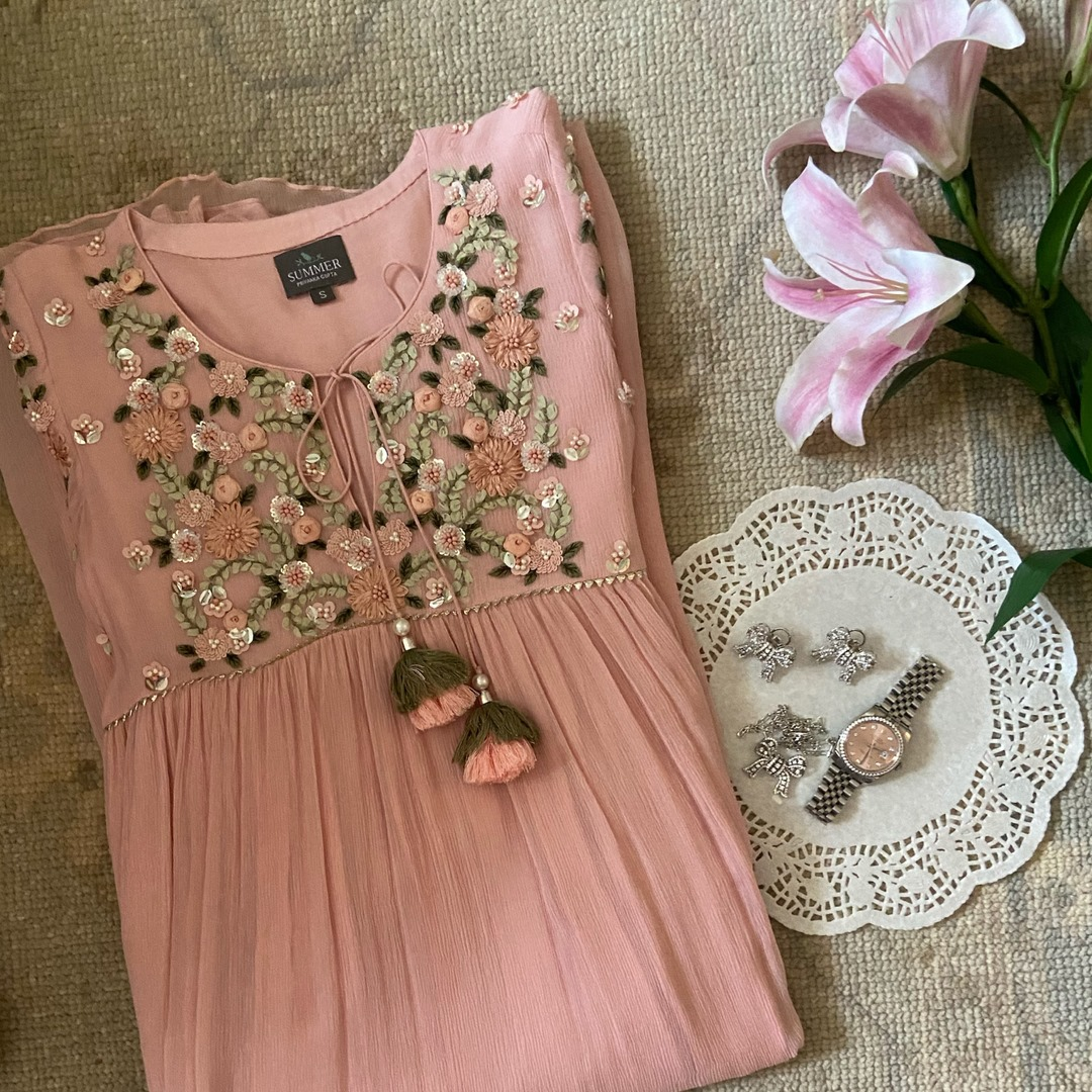 Yoke Embroidery Kurti!!  Stunning blush pink color kurti with classy floral hand embroidery work on yoke.  Dresses are the new kurtas - versatile wearable and easy to accessorise! ⠀⠀ 2021-06-17