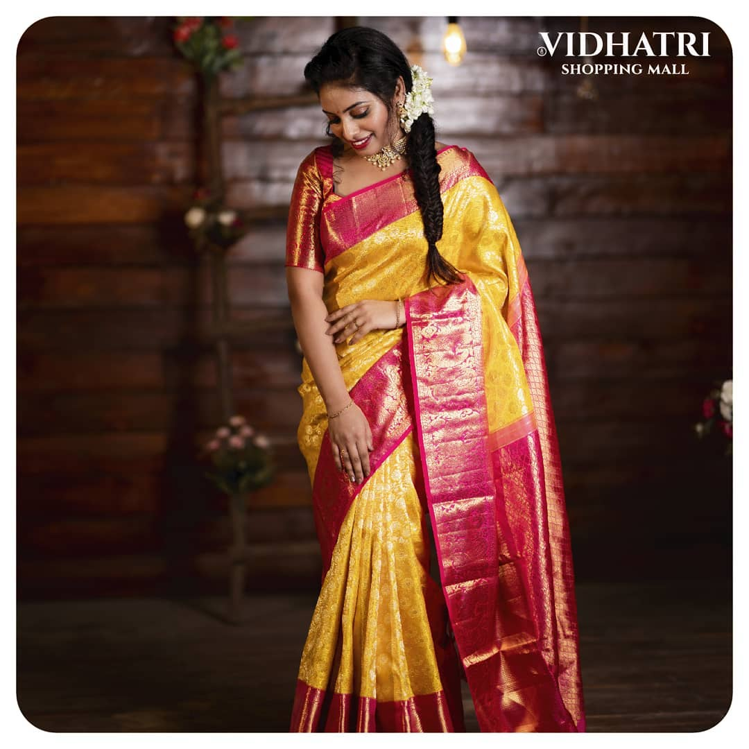 Grand Kanchi Pattu Saree !! Stunning yellow and pink color combination grand kanchi pattu saree. 2021-06-17