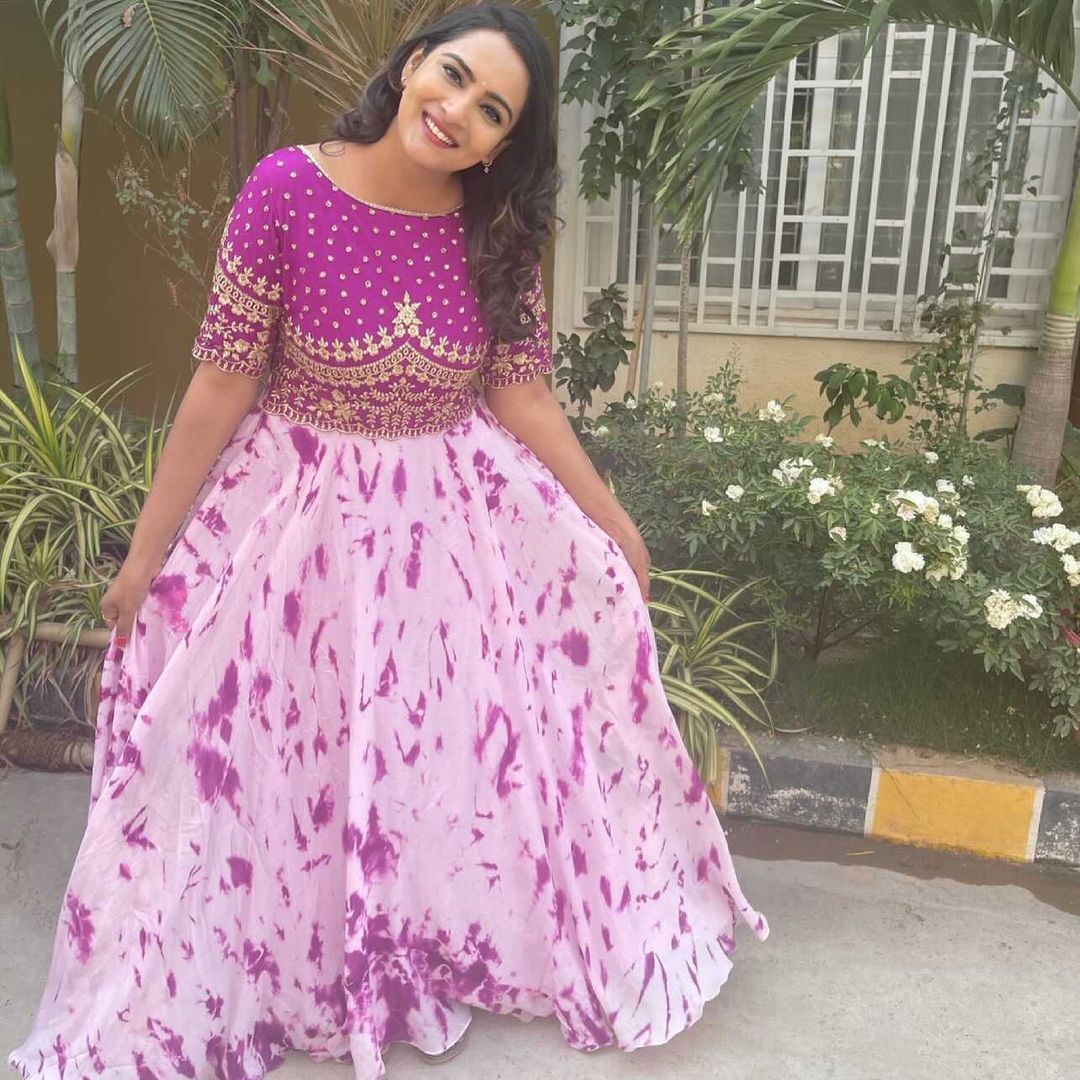 Lovely actress Himaja in purple color tie die long gwon with hand embroidery work on yoke.   2021-06-23