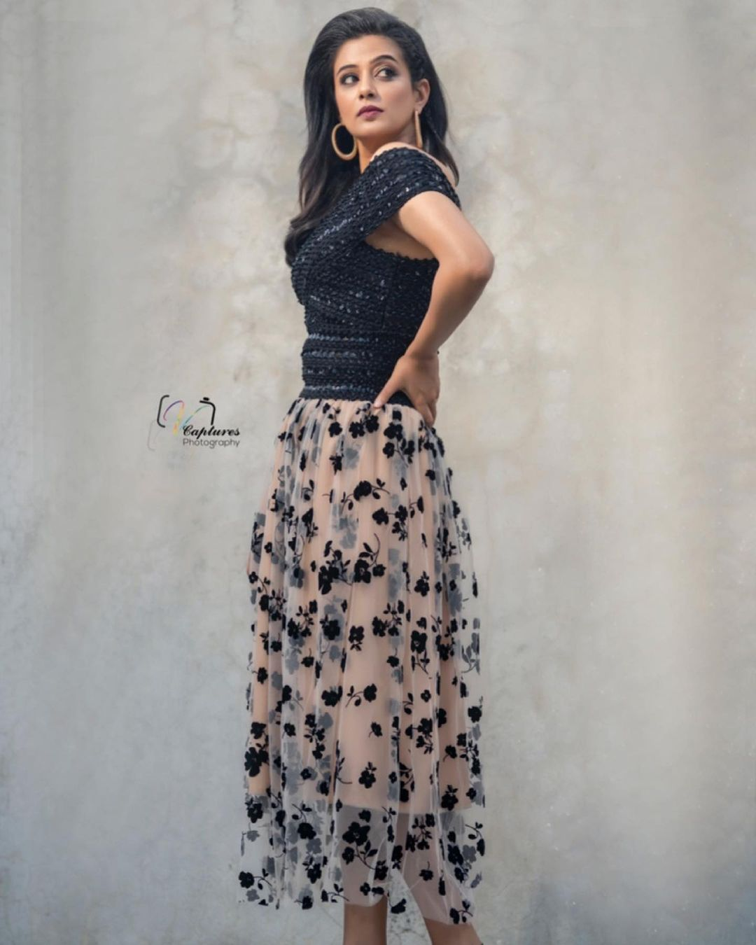 Beautiful actress Priyamani in skirt and off shoulder sequin top. 2021-06-23
