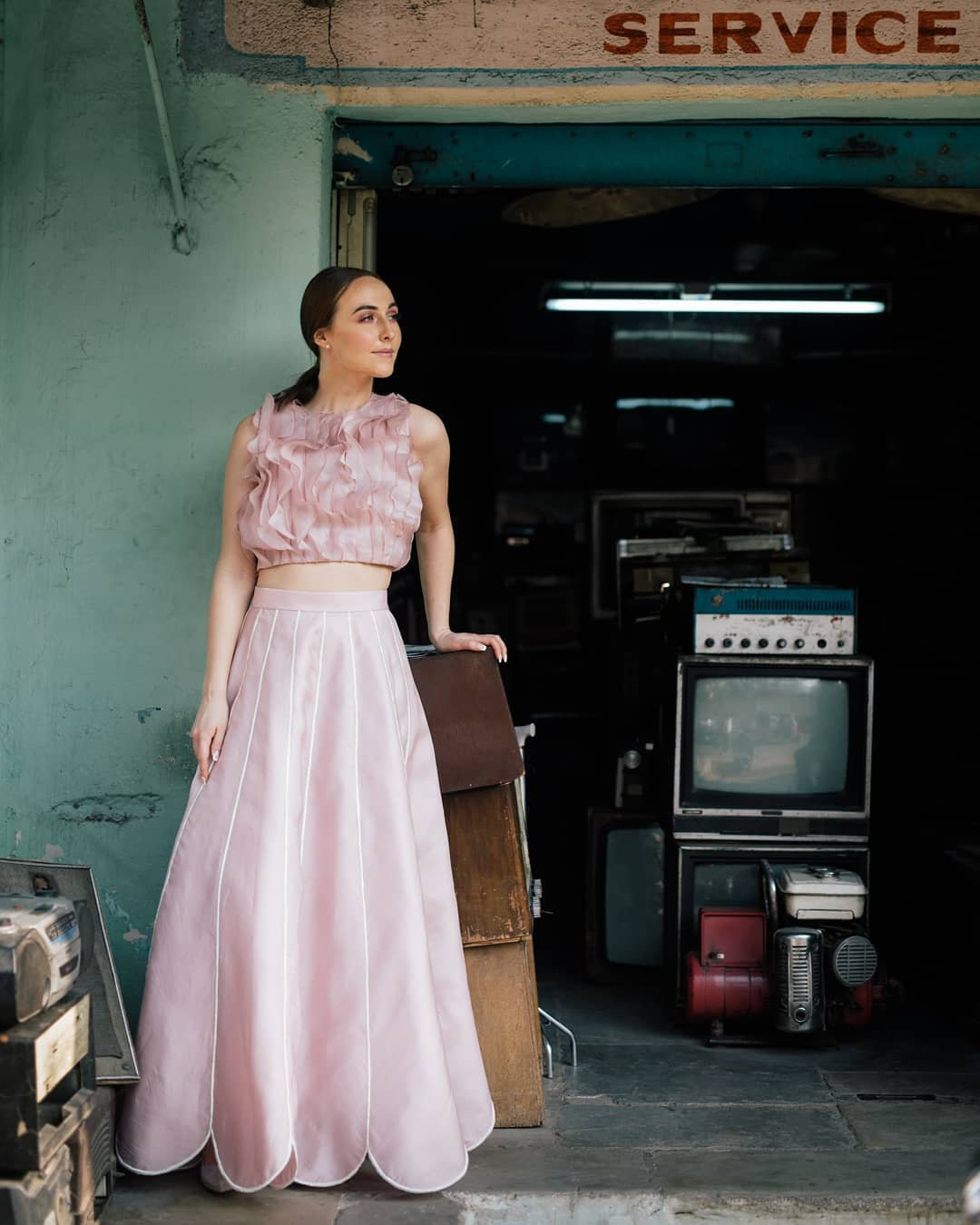 A vintage soul!  Featured here Pink organza ruffle crop top and petal embroidered skirt. 2021-06-25